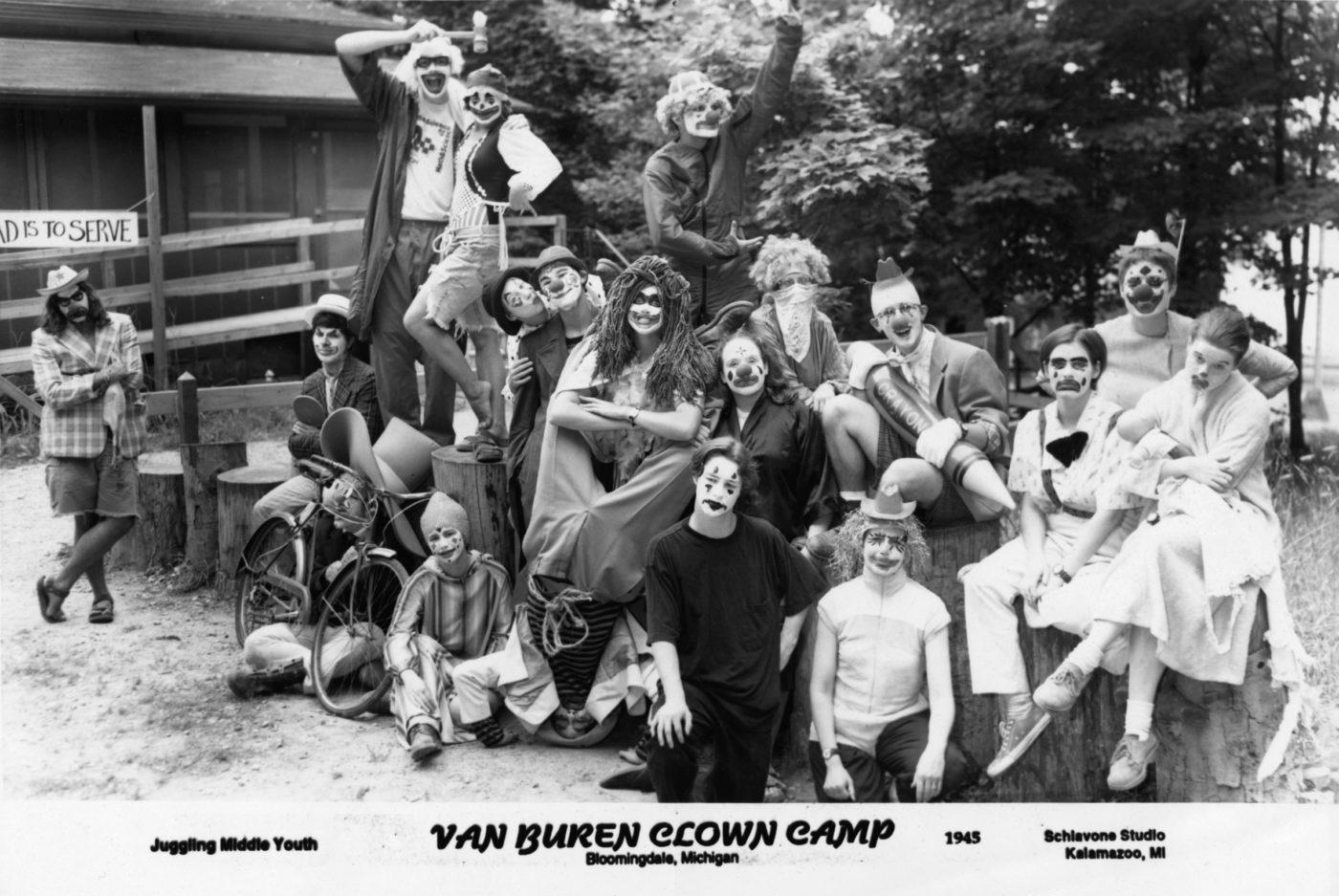 Clown-Camp-1945